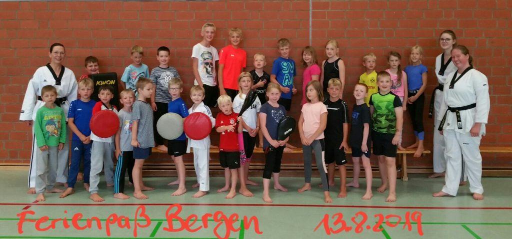 Gruppenfoto der Ferienpassaktion in Bergen